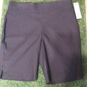 🌟Cute Bermuda shorts 🌟
